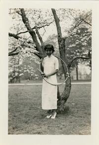 Vung-Yuin Ting with hoop, May Day 1935